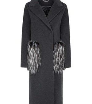 Пальто с отделкой из натурального меха 1 категории