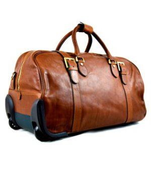 Дорожная сумка и чемодан