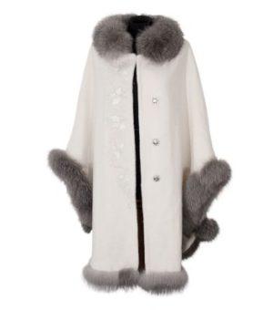 Пальто с отделкой из натурального меха 2 категории