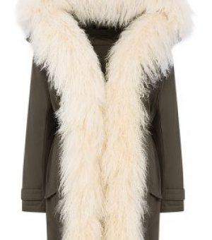 Пальто на подкладке из натурального меха 2 категории